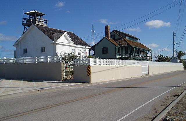 Gilbert's Bar House of Refuge - Historical Site